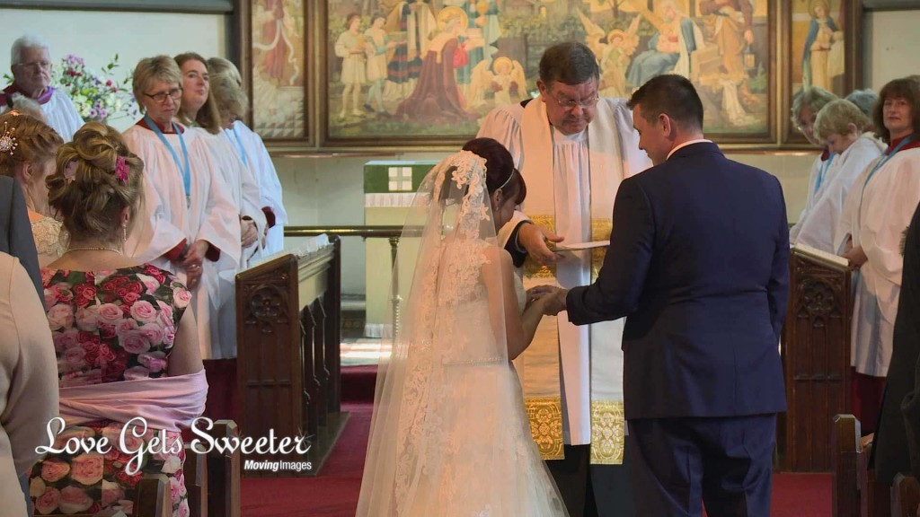 Siobhan and Garys Wedding Highlights10