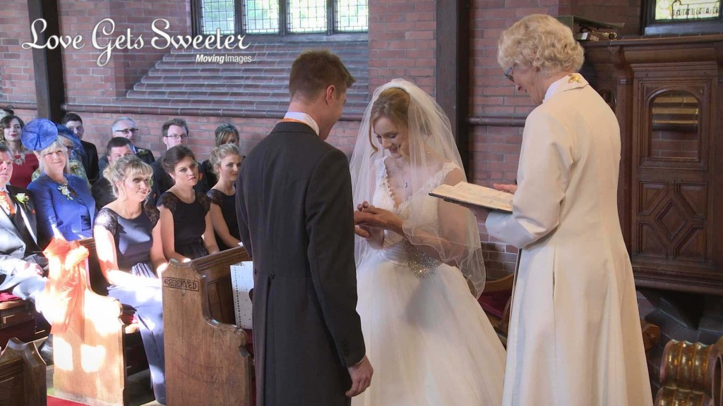 Emma and Alistairs Wedding Highlights14